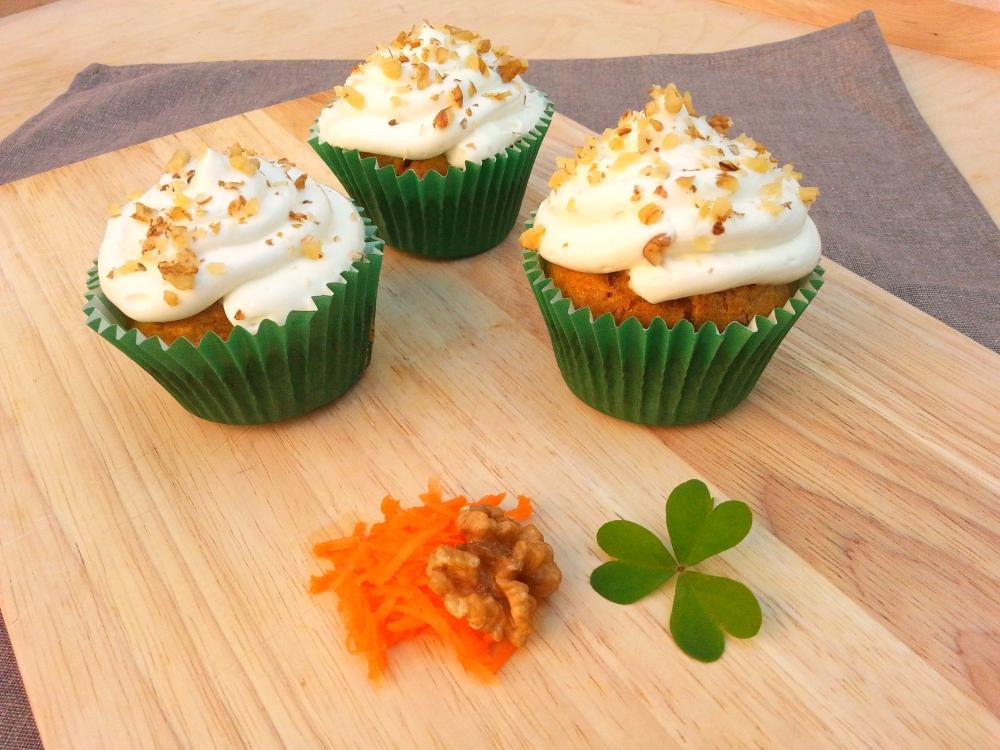carrot cupcakes1